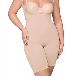 NWT Body Wrap Body suit shape-wear Catwalk